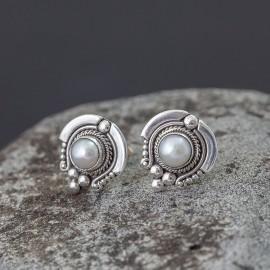Srebrne sztyfty z perłami