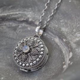 Srebrny sekretnik z kamieniem księżycowym