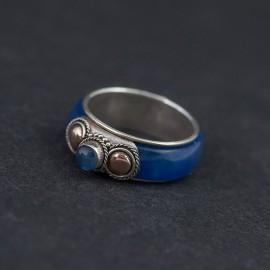 Srebrny pierścionek ze złotem 18K i kyanitem (rozm.13)