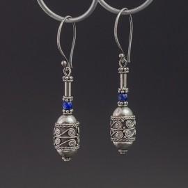 Srebrne kolczyki z lapisem lazuli