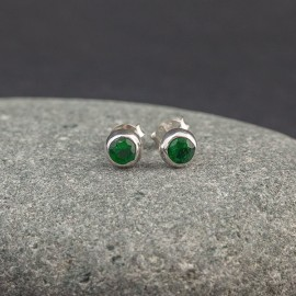Srebrne sztyfty z kwarcem zielonym