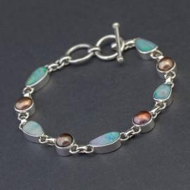 Srebrna bransoletka z opalami i perłami