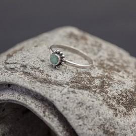 Srebrny pierścionek ze szmaragdem (rozm.12)