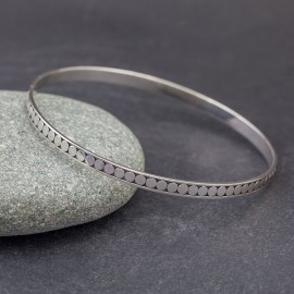 Srebrna bransoletka w stylu etno