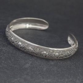Srebrna bransoletka bangla w stylu balijskim