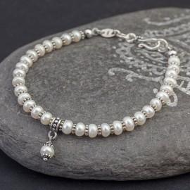 Srebrna bransoletka z perełek słodkowodnych