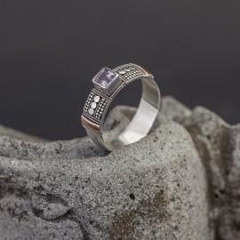 Srebrny pierścionek ze złotem 18K i ametystem (rozm.14)