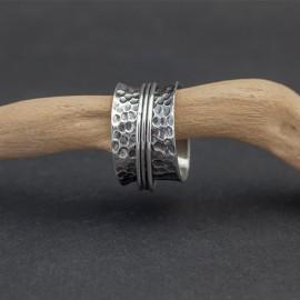 Srebrny ozdobny pierścionek (rozm.14)