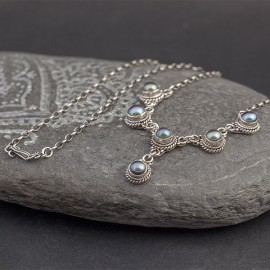 Srebrny naszyjnik z perłami słodkowodnymi