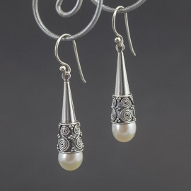 Srebrne kolczyki z perłą