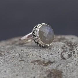Srebrny pierścionek z labradorytem (regulowany)
