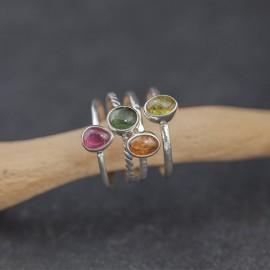 Srebrne pierścionki z turmalinem (rozm.14)