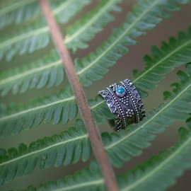 Srebrny pierścionek z turkusem (rozm.18)