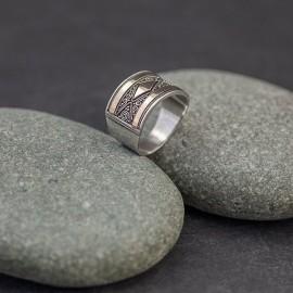 Srebrny pierścionek ze złotem 18K (rozm.15)