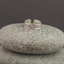 Srebrny pierścionek na palec u stopy